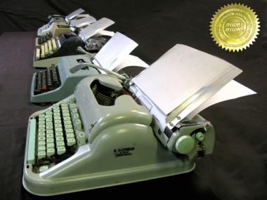 typewriters-grp8-seal